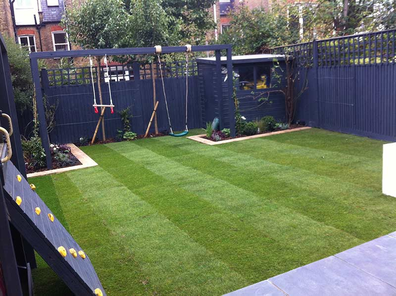 Picture of family garden in Clapham
